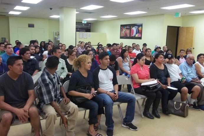 Los jóvenes beneficiados con el Programa de Acción Diferida, DACA, podrán renovar el mismo a partir de hoy 5 de Junio de 2014. Fotografía: La Voz-archivo
