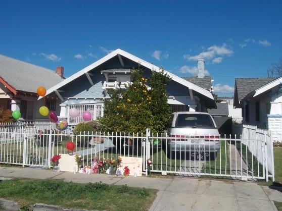 En esta casa, ubicada en el Sur de Los Ángeles, ocurrieron los trágicos incidentes en febrero del 2012. FOTOGRAFÍA: LA VOZ-archivo