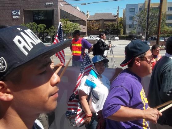 La comunidad guatemalteca de Los Ángeles estuvo representada por una activista de UGE. FOTOGRAFÍA: LA VOZ