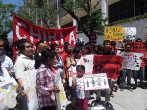 Hombres, mujeres, niños, jóvenes, ancianos, activistas, líderes latinos celebraron en Los Ángeles la aprobación de la propuesta de reforma migratoria en el Senado de los Estados Unidos de América. (FOTOGRAFÍA: La Voz)