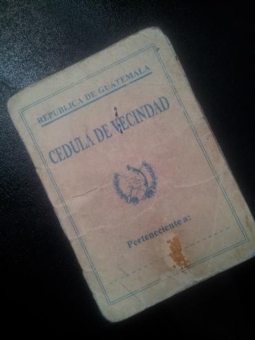 """La Cédula de Vecindad pasa a """"mejor vida"""", al perder vigencia como documento de identificación personal de las guatemaltecas y guatemaltecos. Fotografía: La Voz"""