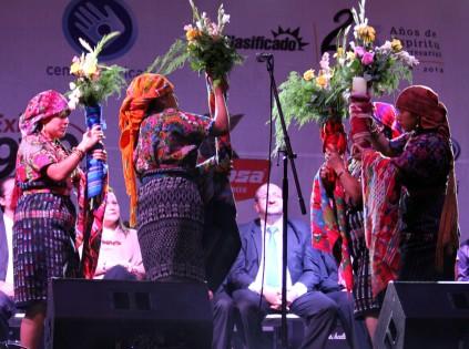 El Grupo de Danzas Mayas Ajpop Tecum participó en la inauguración oficial de la Feria Chapina. Fotografía: La Voz-Aurora Samperio