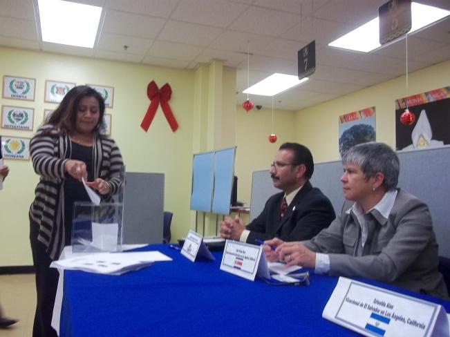 Organizaciones comunitarias elegirán a los Asesores Titular y Suplente de CONAMIGUA en Los Ángeles, el próximo 4 de diciembre de 2013. Fotografía: La Voz-archivo