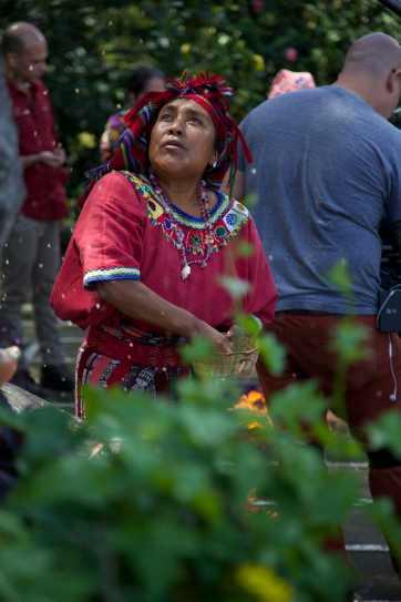 """En uno de los primeros episodios de """"Medicina desconocida"""" se mostrará el poder de la medicina de la cultura maya guatemalteca. Fotografía: cortesía de Anver Films, S.A."""