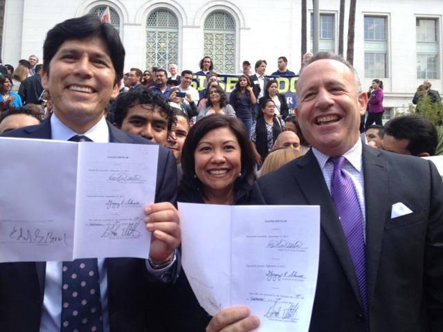 Como Senadora Estatal de California, la guatemalteca Norma Torres es parte del grupo que promovió exitosamente la Ley AB60, con la cual millones de indocumentados en este Estado podrán tener licencias de conducir a partir del 2015. Fotografía: FACEBOOK NORMA TORRES