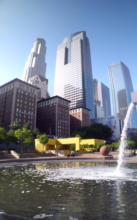 """Parque """"Pershing Square"""", en el centro de Los Ángeles, California. Fotografía: La Voz"""
