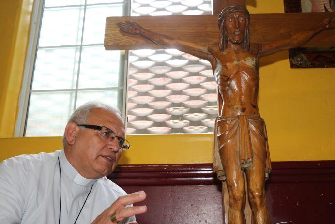 """""""Una sociedad que discrimina, no tiene derecho a llamarse cristiana"""". Obispo de Huehuetenango, Álvaro Ramazzini. Fotografía: CORTESÍA DE MYNOR VENTURA"""