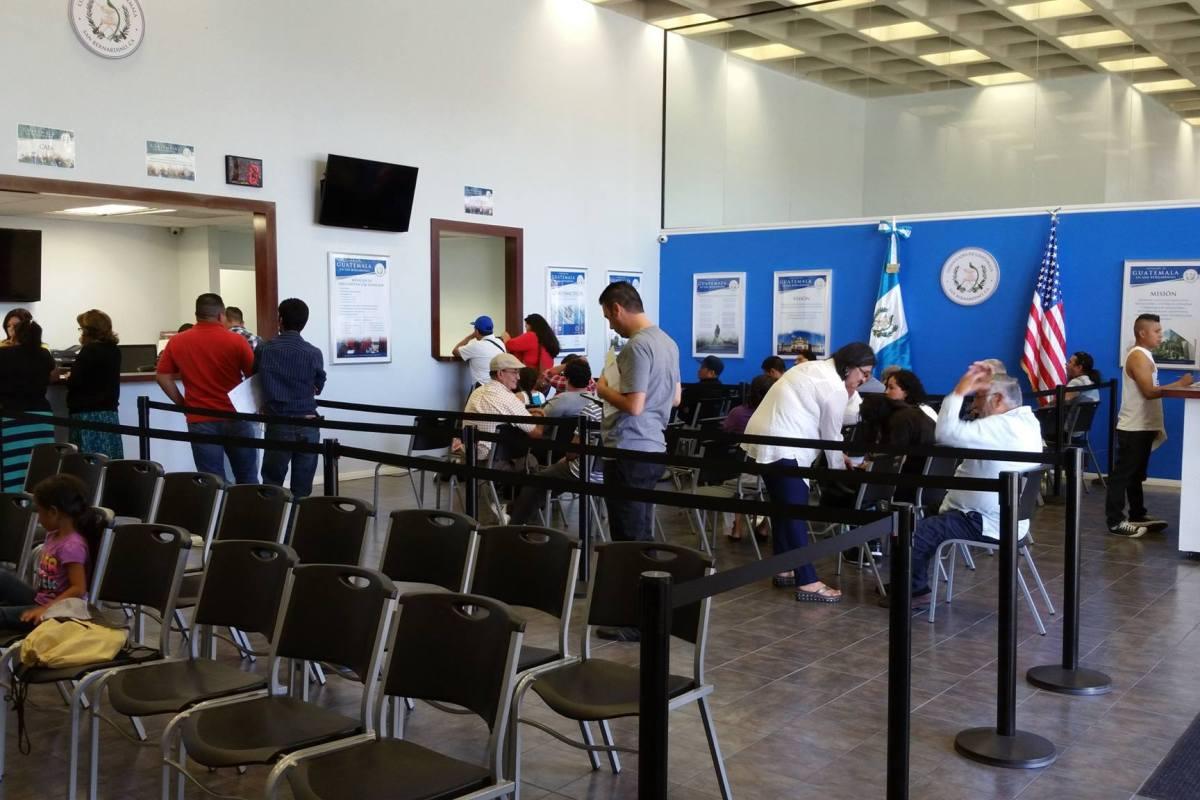 Guatemaltecos pueden tramitar certificados de nacimiento en los ...